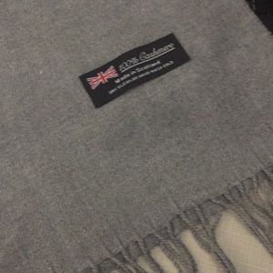 New made in Scotland cashmere gray Unisex scarf